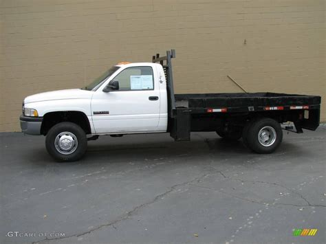 dodge 3500 cab and chassis 2001 bright white dodge ram 3500 st regular cab chassis