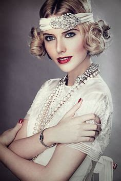 gatsby bobs for a wedding flapper style pearl necklace google search serena