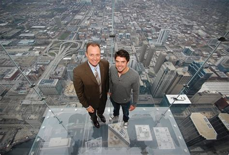 Glass Floor Building Chicago by The Ledge Skydeck Chicago