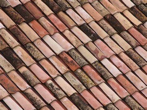 Roof Tiles Types Effects Of Different Types Of Roof Tiles On Home Designs Albanian Journalism