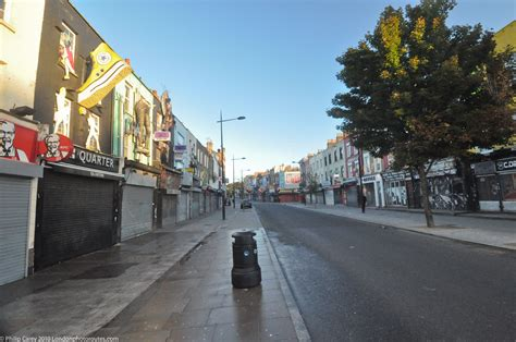 Camden High Street – before the crowds | London Photo ...