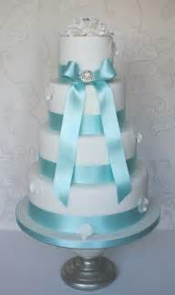 wedding ideas tiffany blue with a touch of bling