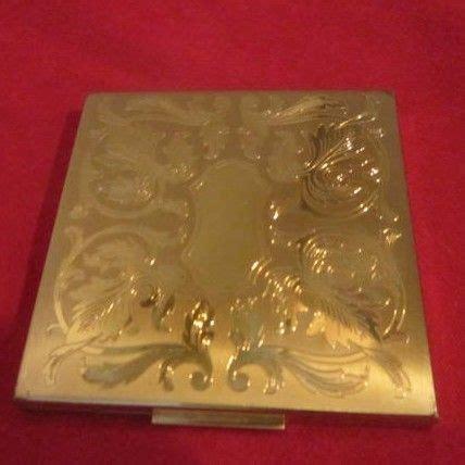 L 561 Lu Gantung Vintage vintage elgin american 3 quot square compact something wonderful ruby