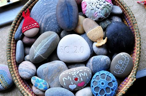 colorful rocks wallpaper beautiful basket of stones wallpapers 3200x2105 2431634