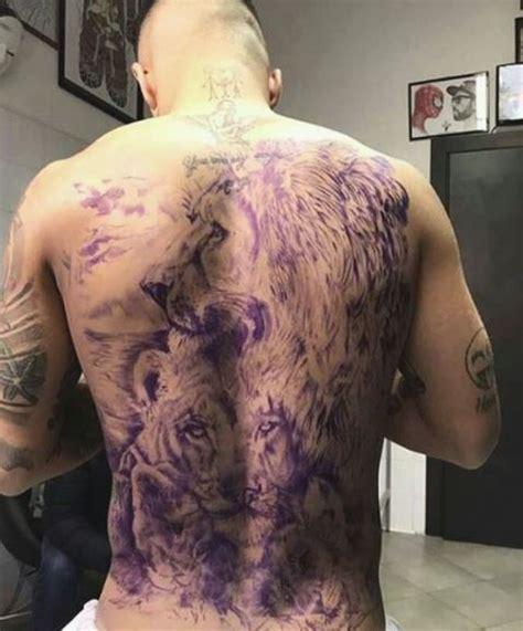 tattoo ibrahimovic schiena calciatori e tatuaggi fin dove si spinge la creativit 224 e