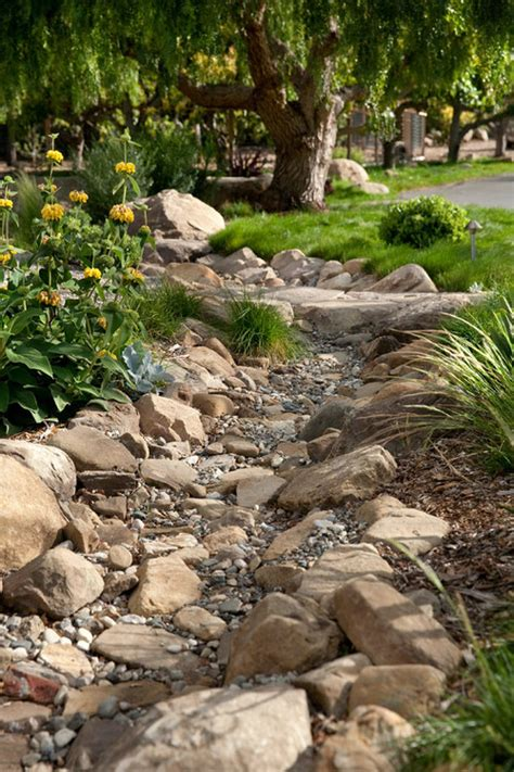 Rock Creek Garden Creek Bed Idea Works Like A Charm To Catch The Water From My Gutters And Drain When It
