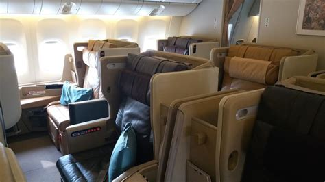 booking seats on turkish airlines singapore airlines boeing 777 300er business class seats