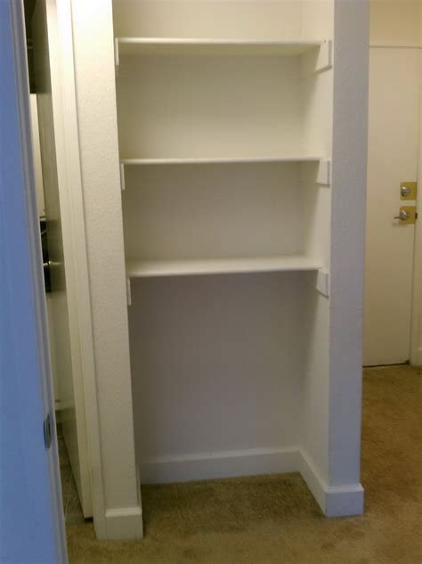 Linen Closet Shelf Height by Linen Closet Shelving Spacing Home Design Ideas