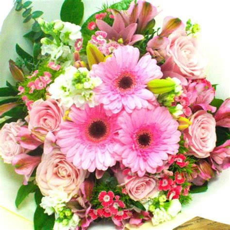 send sympathy funeral flowers in wellington fl blossom pink mix flowers bouquet delivery florists wellington nz flower shop florist wellington nz