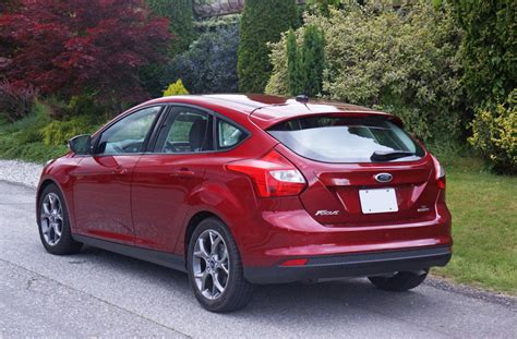 2014 Ford Hatchback by 2014 Ford Focus Se Hatchback Road Test Review Carcostcanada