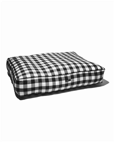bed check gingham check bed black wagwear