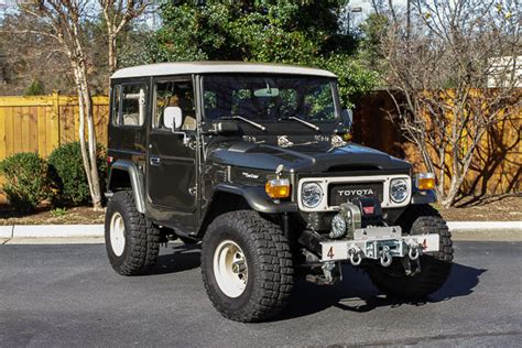 1980s toyota land cruiser 1980 toyota land cruiser fj40 for sale photos technical
