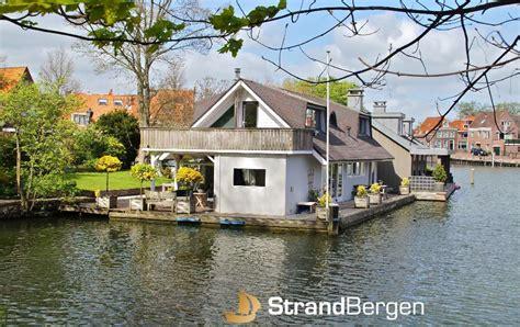 woonboot te koop zeglis alkmaar woonark hoorn paradijs op water vakantie in oude haven van