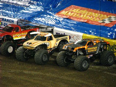 monster truck show ta fl monster jam raymond james stadium ta fl 053