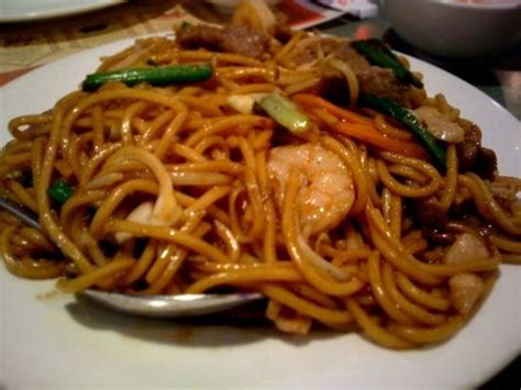 house lo mein 17 best images about lo mein on pinterest shrimp pan fried noodles and lo mein