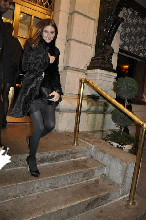 natealie hosiery olivia palermo in pantyhose more pictures here http
