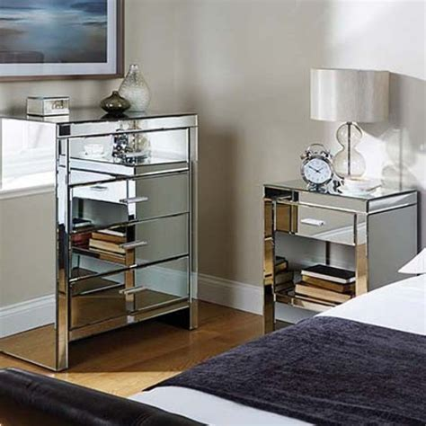 Mirror Bedroom Furniture Cheap Mirrored Furniture Cheap White Furniture Of Master Bed White Wooden Inexpensive Nightstand L