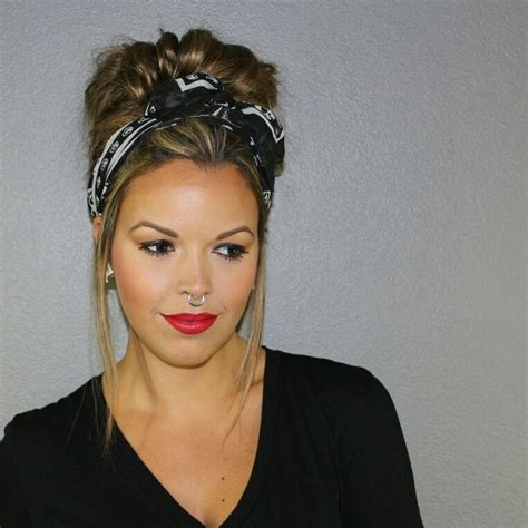 Scarf Hairstyles by Best 25 Scarf Hairstyles Ideas On Hair Scarf