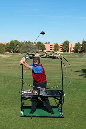 golf machine swing turn your shoulders for maximum power us golf school guide