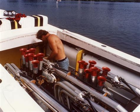 boat engine keeps running save the old race boats offshoreonly