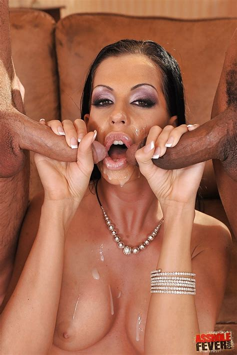 Busty Pornstar Larissa Dee With Big Tits Has Groupsex And An Anal Orgy Pornpics Com