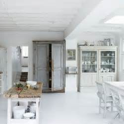 white shabby chic kitchen modern kitchens 10