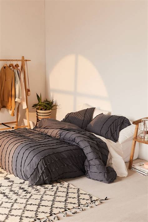 Floor Bed Ideas by Best 840 Bed On Floor Low Bed Ideas Ideas On