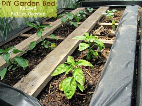 pallet raised bed 19 wonderful diy garden planters from pallets