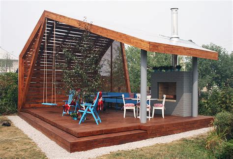 Moderne Pavillons by Modern Outdoor Pavilion With Fireplace And Ping Pong Table