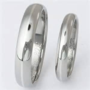matching titanium platinum wedding band set