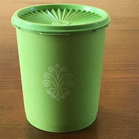 Tupperware Apple apple green canister tupperware servalier canister 6 cup