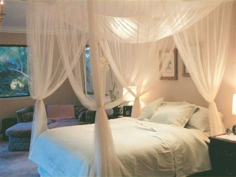 Mosquito Net Bed Canopy 4 Corner Post Bed Canopy Mosquito Net King Size Netting Bedding White Ebay