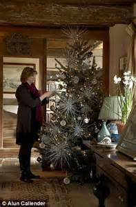 Home Decorating Courses sarah raven s festive fairy tale at sissinghurst daily