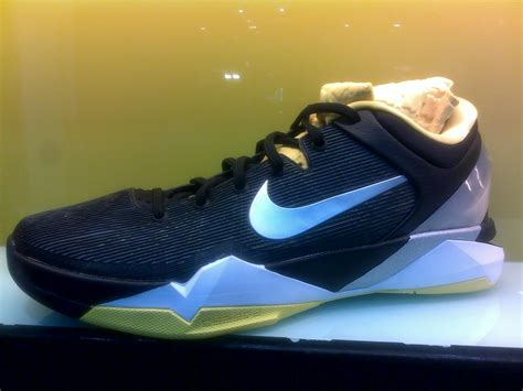 Harga Nike Overplay 7 one stop sport costume home sepatu basket nike sp2012