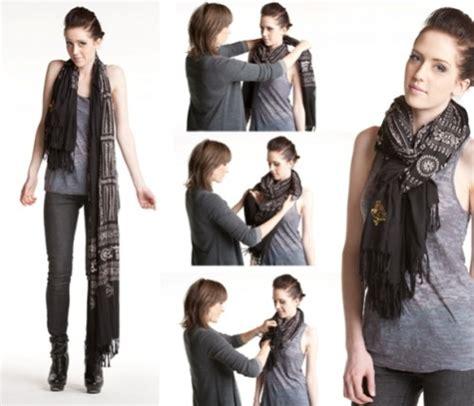 wear a scarf around neck fashion belief