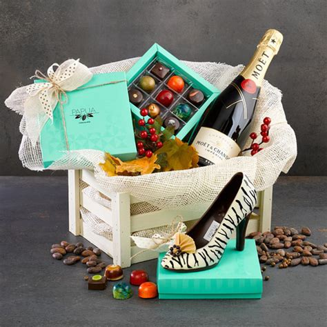 25 christmas gift basket ideas to put together