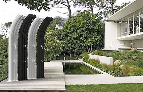 doccia da giardino solare doccia solare da giardino 20 modelli eleganti e