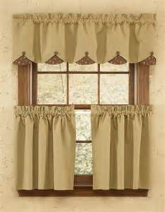 The Country Porch Curtains S Quilt Lined Scalloped Curtain Valance