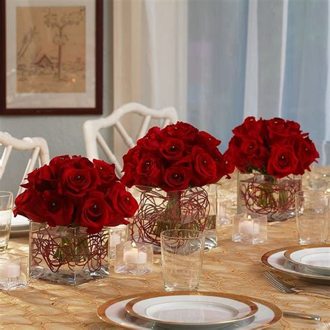 fresh christmas centerpieces centerpieces festive table decoration ideas with flowers