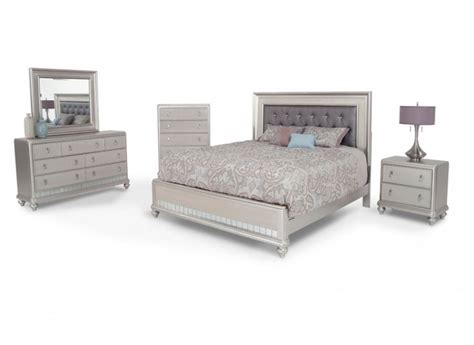 bobs bedroom furniture 1000 ideas about diva bedroom on pinterest garage theme