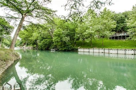 Cabins On Comal River by Spacious Luxury Condo W Comal River Views Great