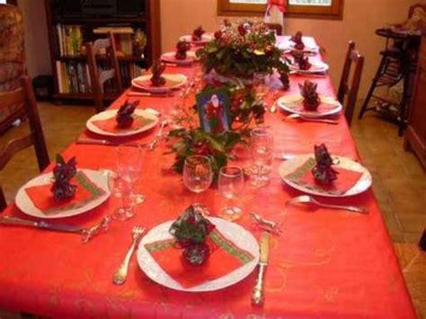 tavola vigilia di natale a natale la tavola non conosce crisi e per i regali nei