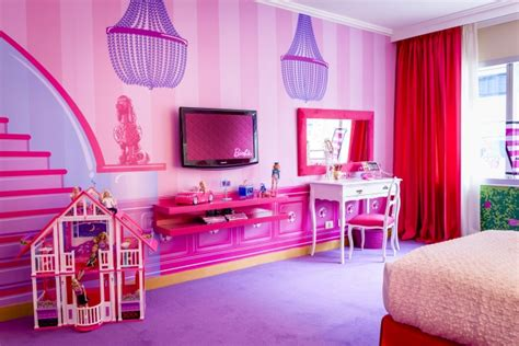 inside the barbie room at hilton panama pursuitist how far would you travel to stay in a barbie hotel room