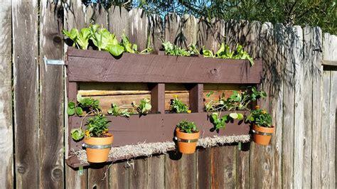 fioriere per giardino fioriere da giardino fai da te realizzati con bancali 20