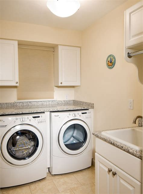 small laundry room before and small utility rooms small laundry room makeover small