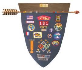 cub scout arrow of light arrow and plaque awards