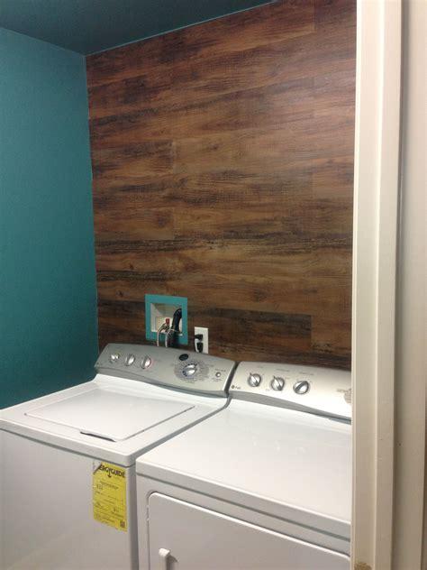 wife  fo wood vinyl flooring   wall