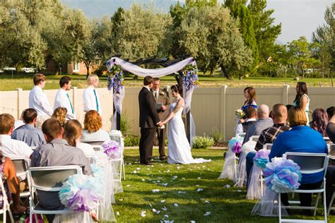 small backyard wedding ceremony photographing a backyard wedding in springville utah