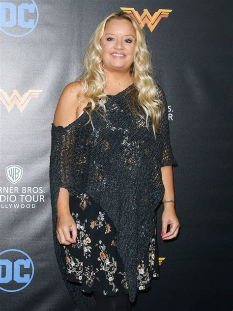 lucy davis now lucy davis appears happy and well as she admits she s at
