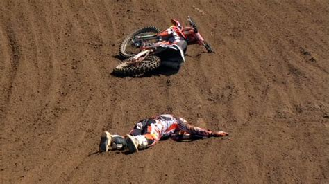 freestyle motocross death freestyle motocross crash www pixshark com images